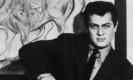 Tony-Curtis-in-1957-006
